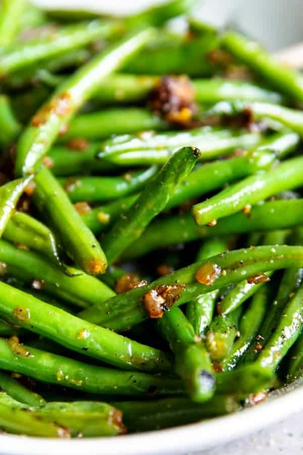 close up photo of sautéed green beans