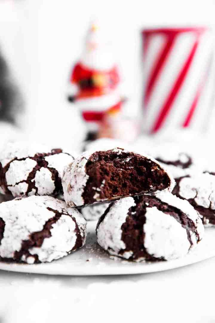 inside of chocolate crinkle cookie
