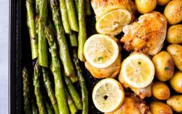 sheet pan with asparagus, lemon chicken and roast potatoes