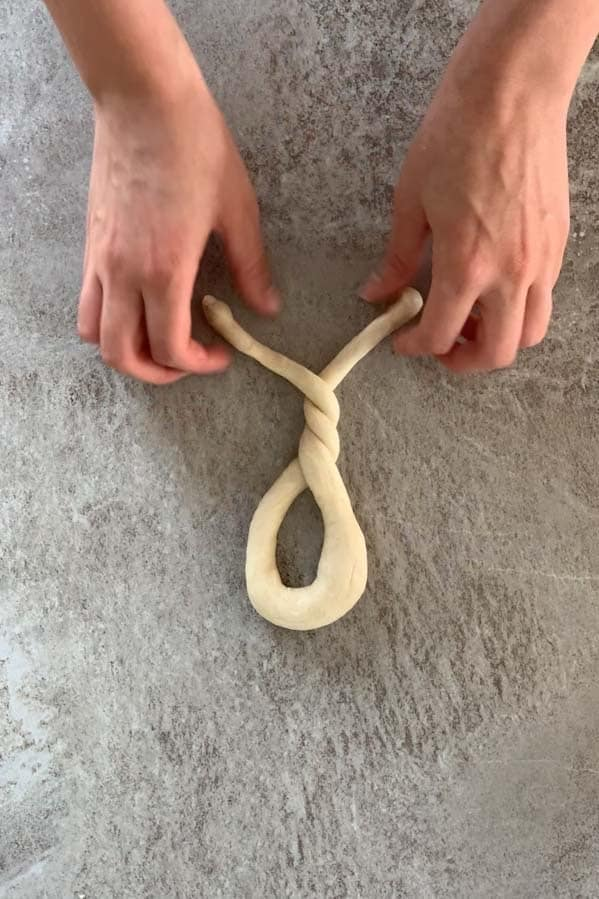 shaping pretzels: 2