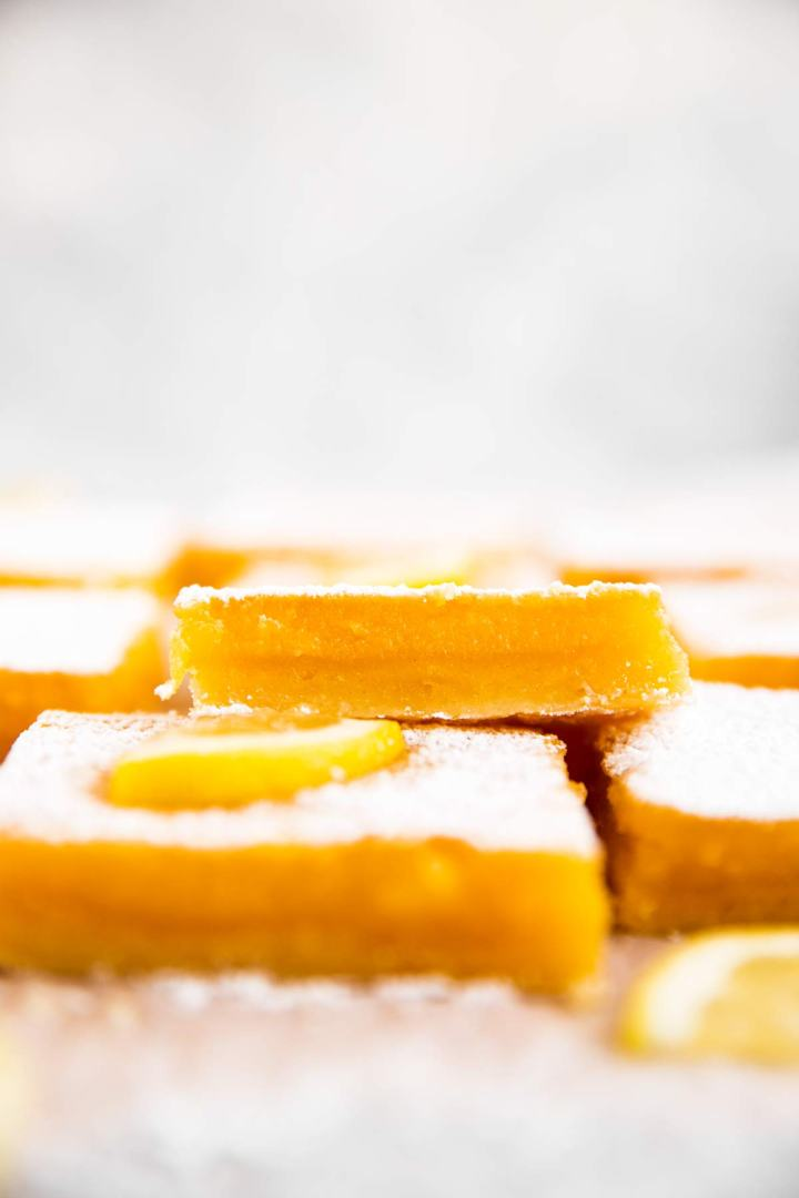 frontal view on lemon bars