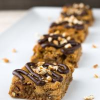 Chocolate Pretzel Peanut Butter Blondies