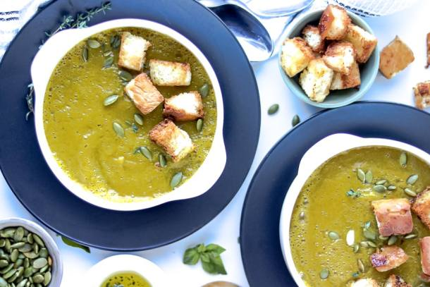 squash soup with croutons and pumpkin seeds