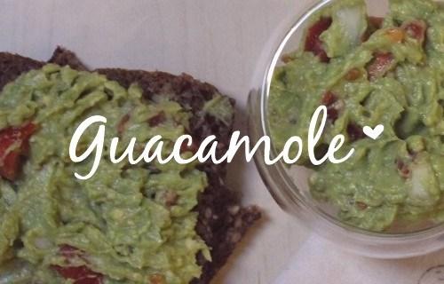 Laissez-vous tenter par une recette de guacamole simple, rapide et délicieuse! Ce guacamole est parfait en apéritif ou même en accompagnement dans un plat. Vous avez 5 minutes? Cliquez sur l'image et réalisez vite cette recette!