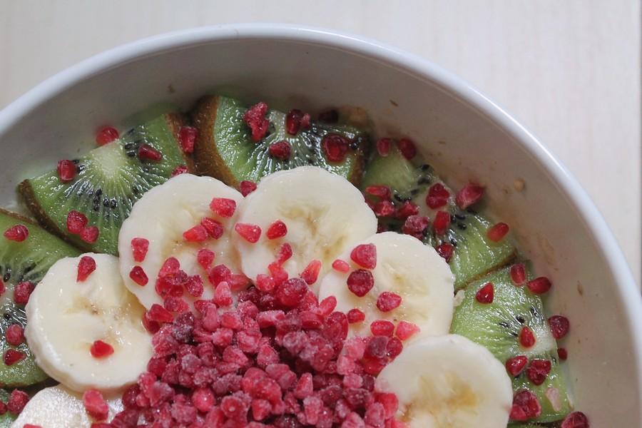 une-journee-dans-mon-assiette-oatmeal-petit-dej