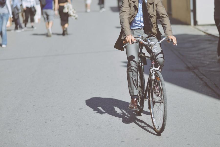 être plus actif au quotidien aller au travail à vélo