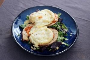 salade chevre chaud avec sauce