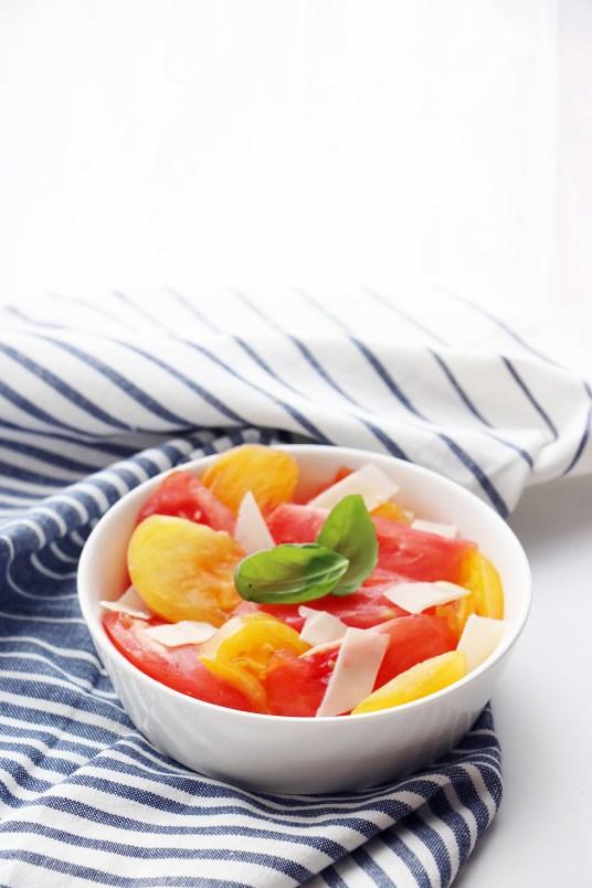 salade de tomates vegetarienne