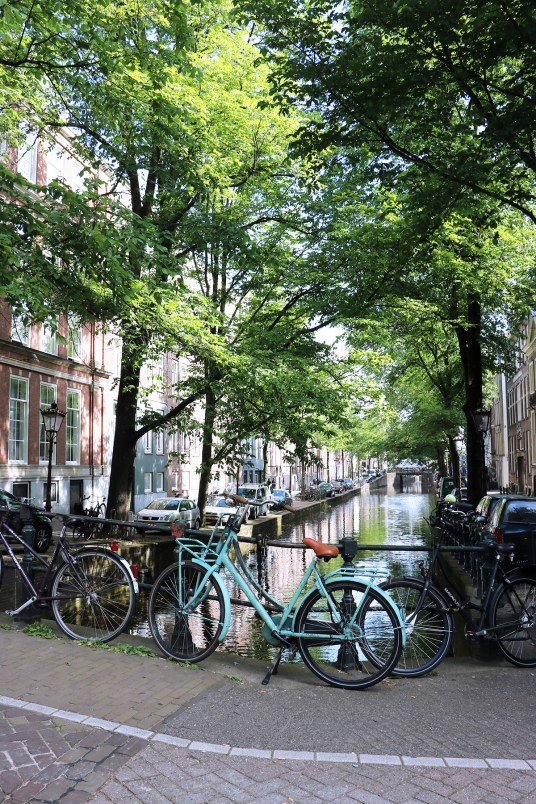 amsterdam canaux velo