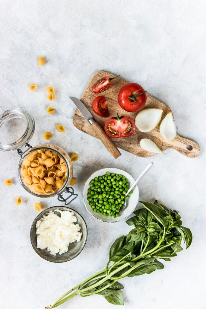 pates-tomate-petit-pois-fromage-frais-blog-2