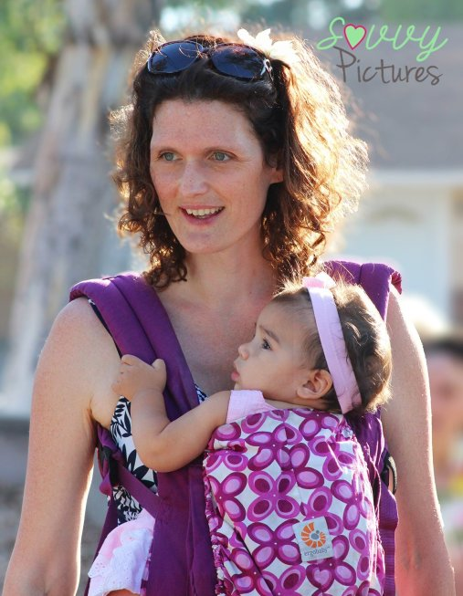 Moms with soft structure carriers . . .
