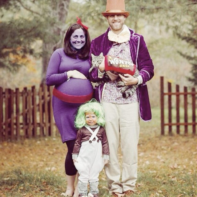 Its that time of year! Heres another cute family costumehellip