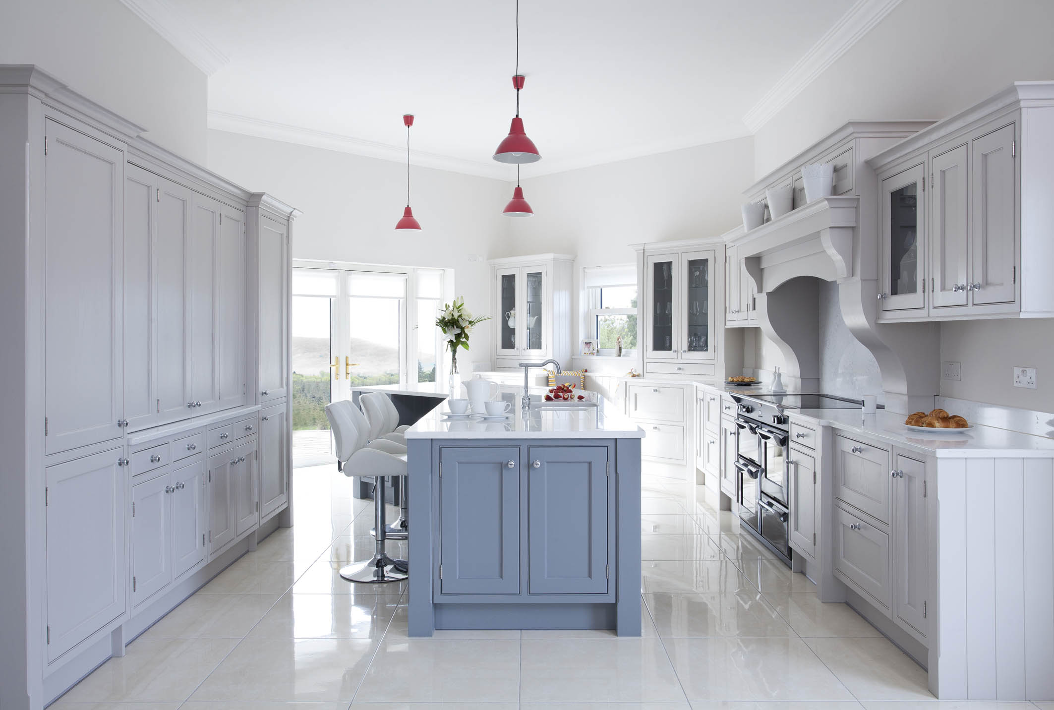 CLASSIC KITCHENS HANDPAINTED KITCHENS DUBLIN
