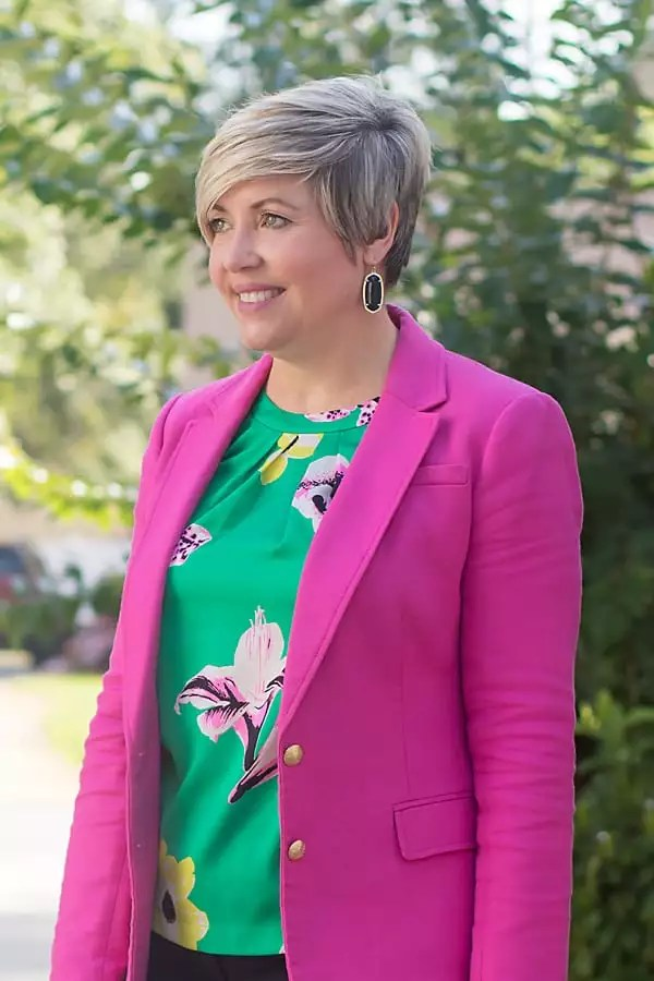 bright top and blazer, Kendra Scott earrings, office attire