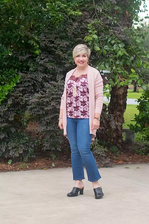 fall flare jeans outfit