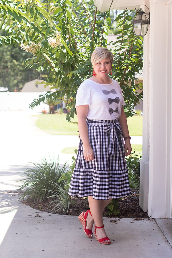 black and white gingham skirt, womens summer outfit
