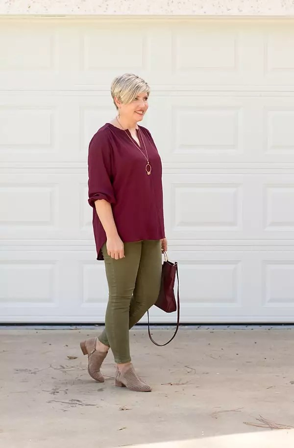 olive jeans outfit, fall outfit