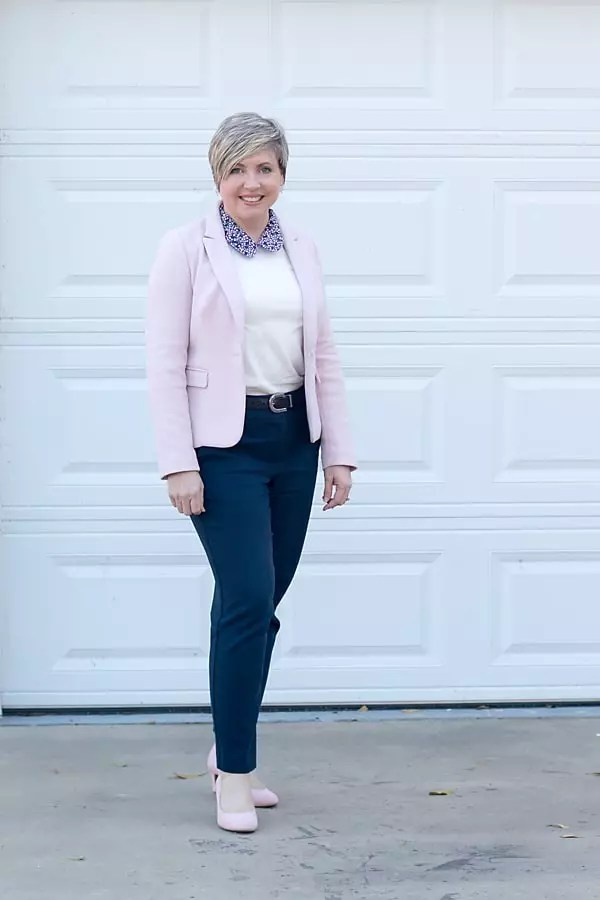fashion blogger spring office outfit
