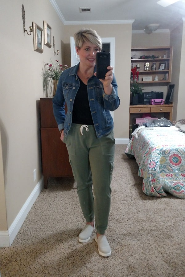 Old Navy joggers casual outfits