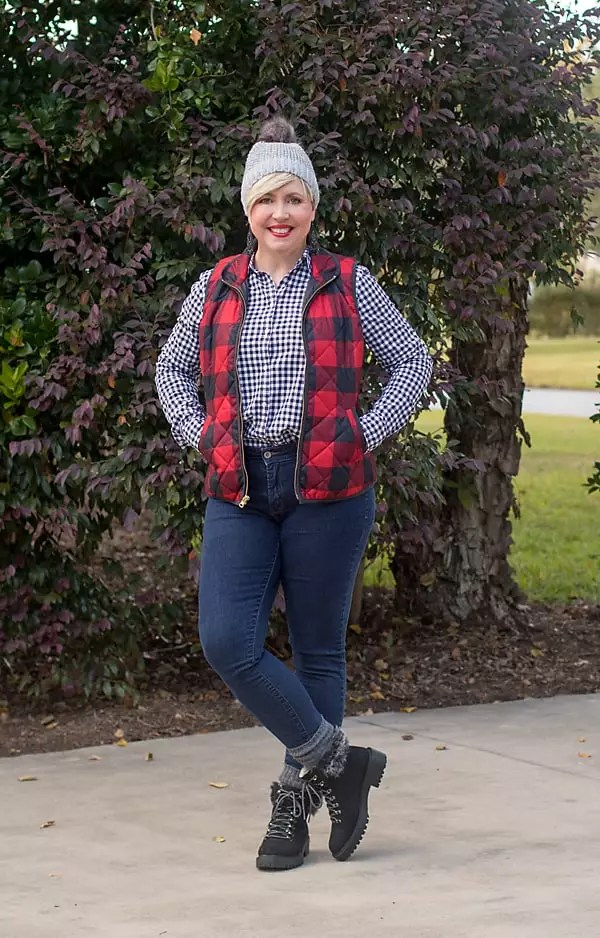 beanie and hiker boots pattern mixing for fall outfit