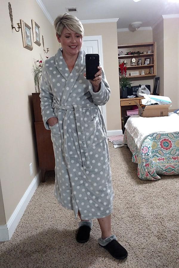 cozy Amazon find plush robe