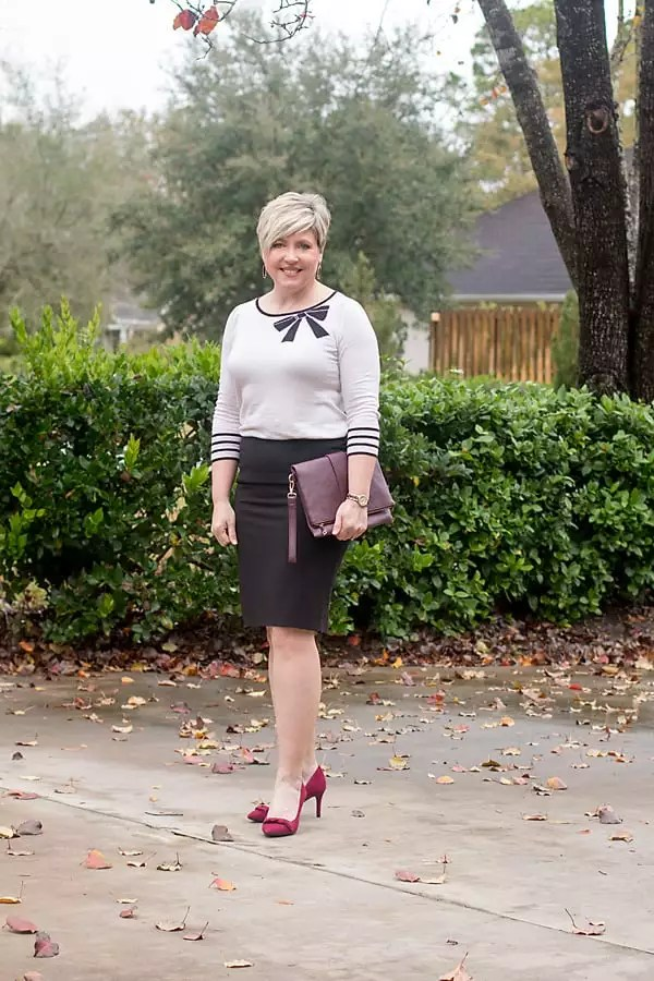 bows in office wear, bow pumps and bow sweater