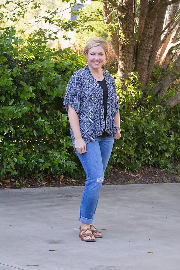 kimono with boyfriend jeans