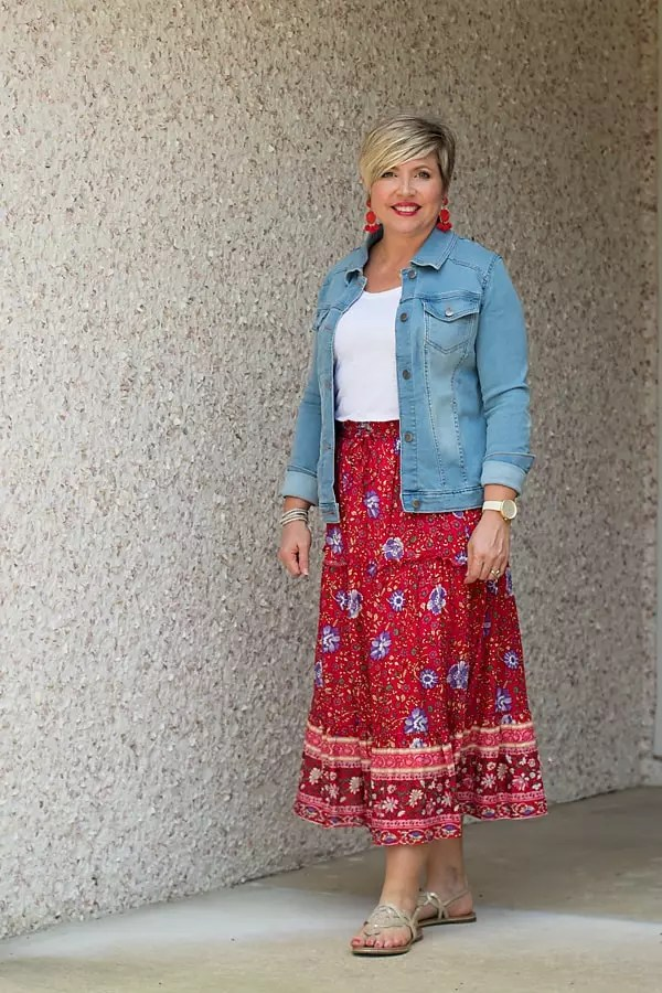 Floral midi skirt with denim jacket
