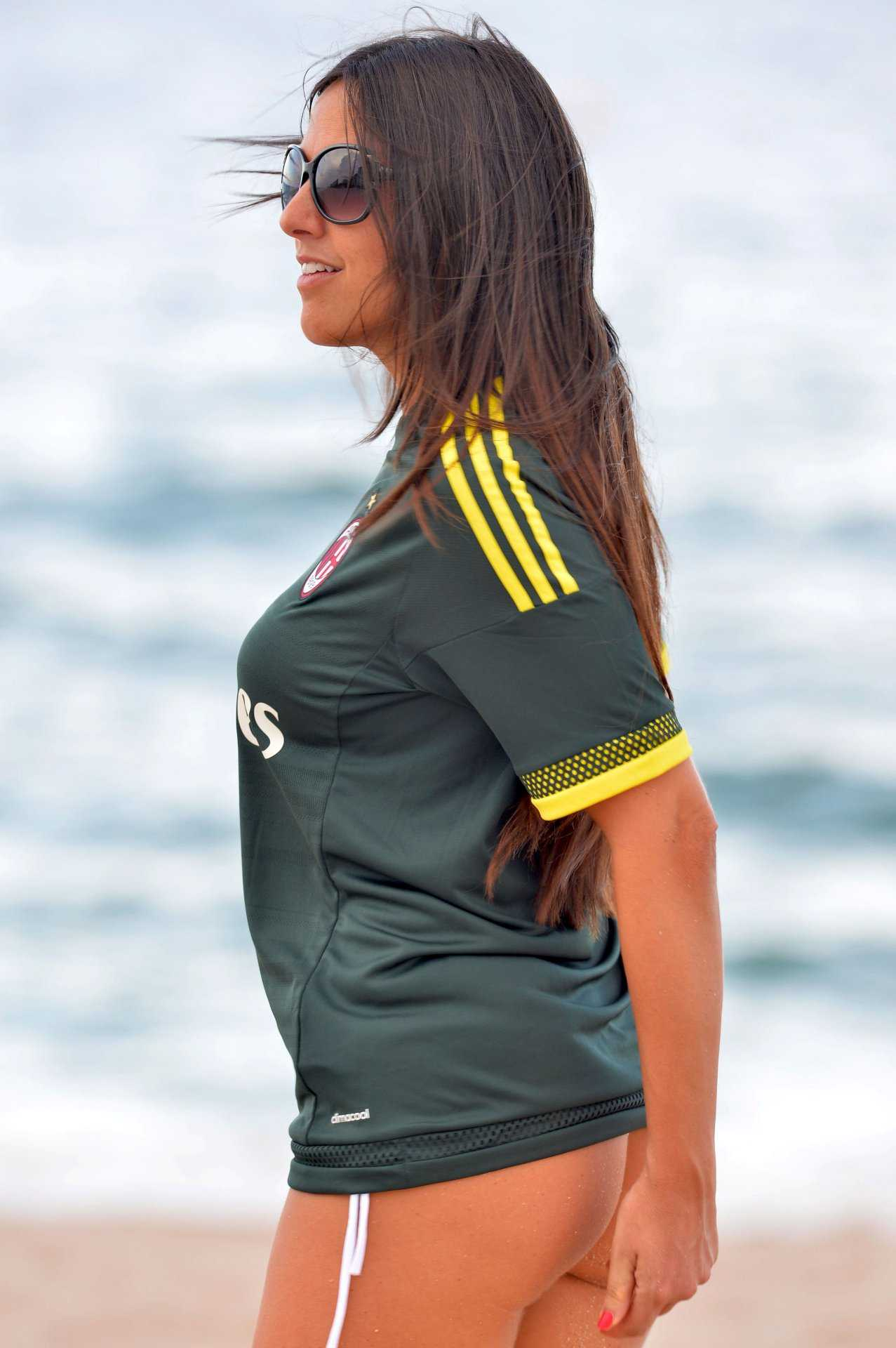 Claudia Romani 515 SAWFIRST Hot Celebrity Pictures