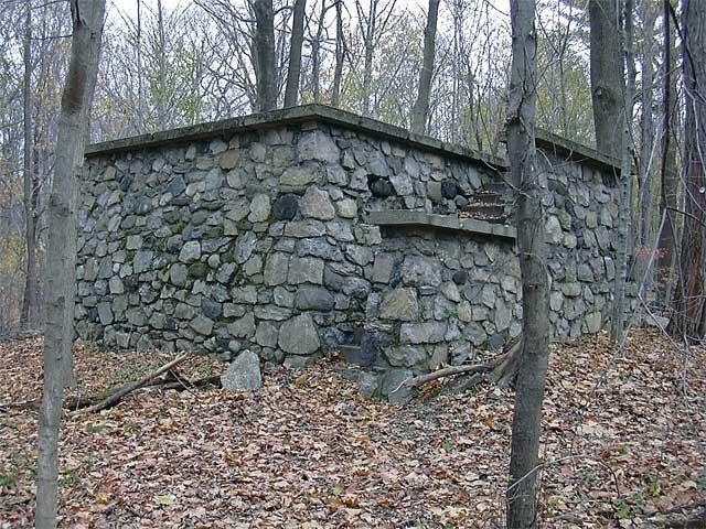 Graff_StoneStructure