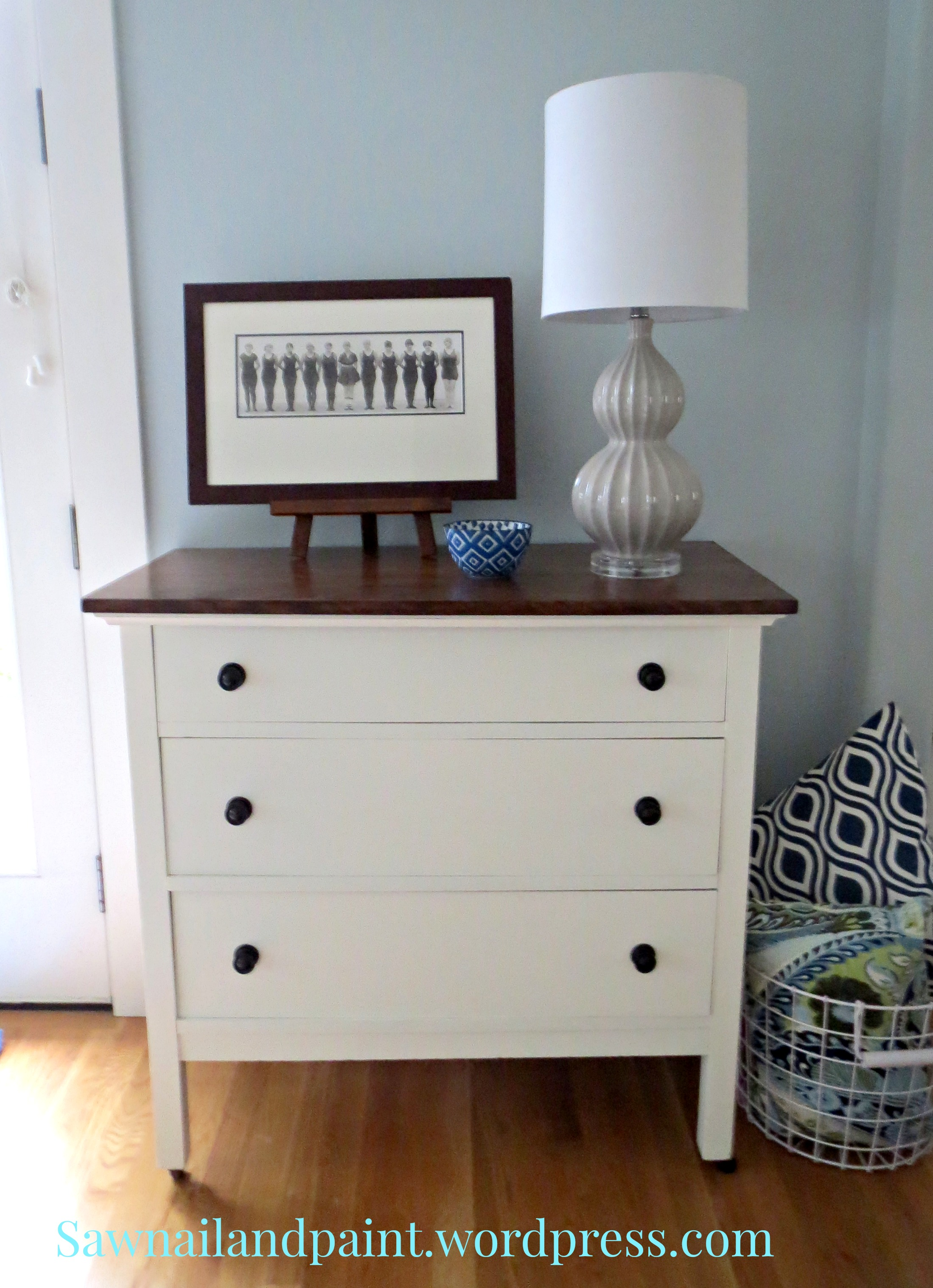 gold goods dresser glass bedroom furniture home blue dressers and mirrored white small nightstands top chip nightstand silver