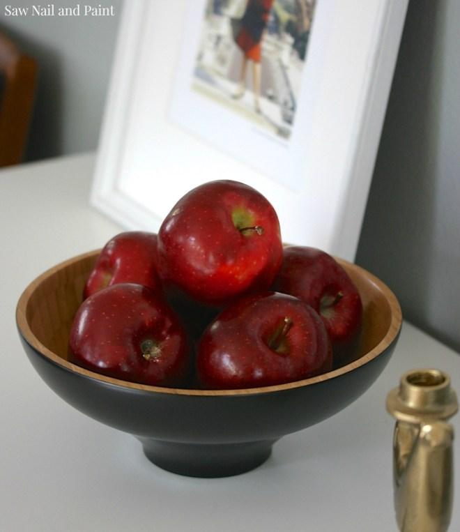 Bassett Mid Century Dresser apples 2