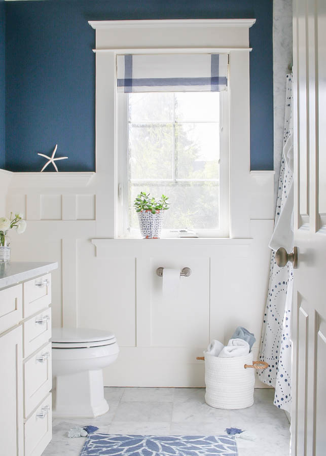 Navy blue and white bathroom saw nail and paint Navy blue and white bathroom