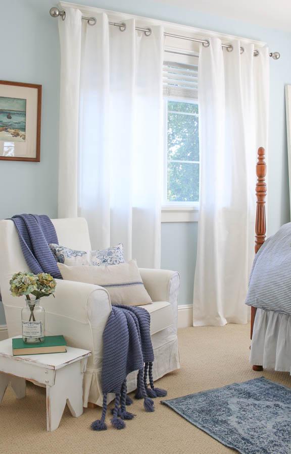 blue and white vintage bedroom Vintage + Thrifted Blue and White Bedroom Makeover - Saw