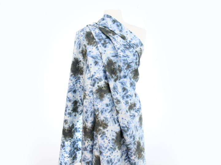 Splashing – Blue