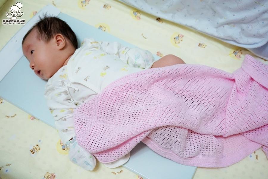 SafeToSleep 嬰兒呼吸監控床墊12.JPG