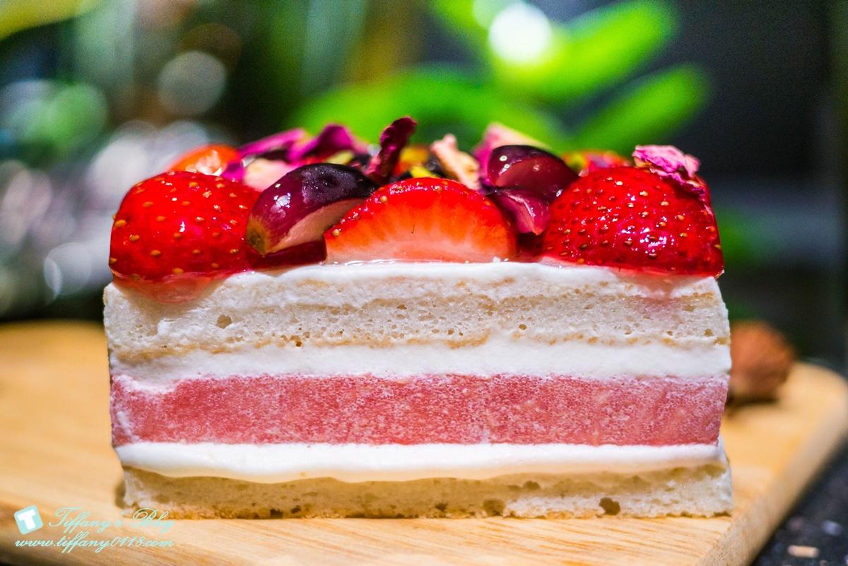 [東區甜點]The Workshop x ytca/草莓西瓜蛋糕保證一吃大為驚豔的平價甜點
