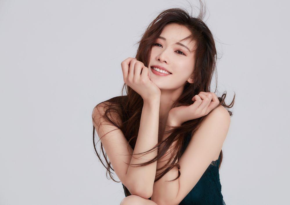 Netflix 為慶祝「國際婦女節」推出精選片單 林志玲為台灣發聲相挺