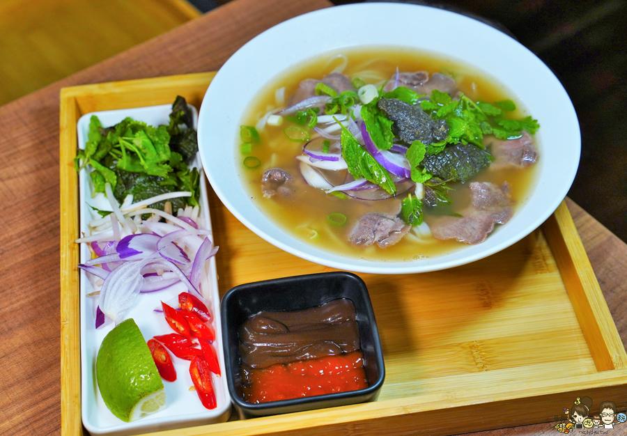 文山特區 聚餐 家庭聚會 母親節 越南料理 會安 旅遊 必吃 高雄越南料理