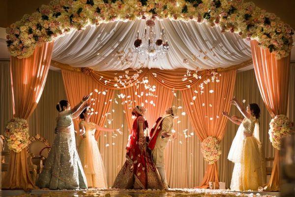 5 Creative Ways To Decorate A Wedding