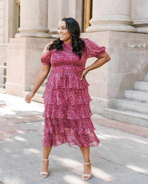 فستان طبقات للممتلئات