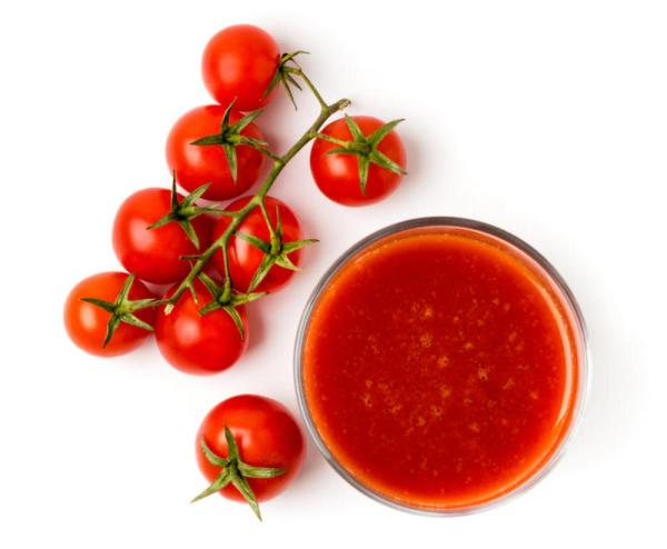 خلطة الشوفان وعصير الطماطم
