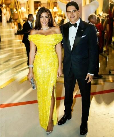 ياسمين صبري بإطلالة باللون الأصفر