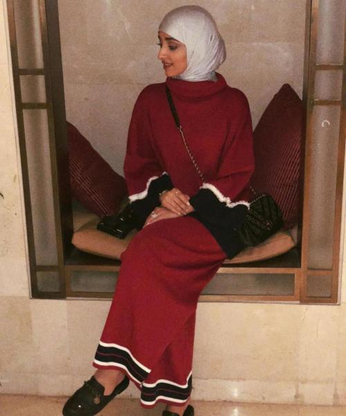 فستان شتوي جذاب من نجود بنت مشعل