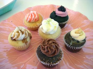 tasty cupcake and wine tour