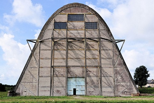 Ecausseville  Balloon hangar The remaining hangar from