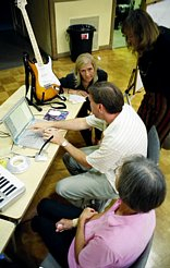 Harold shows how to use GarageBand. (Photo: Robert Winokur)