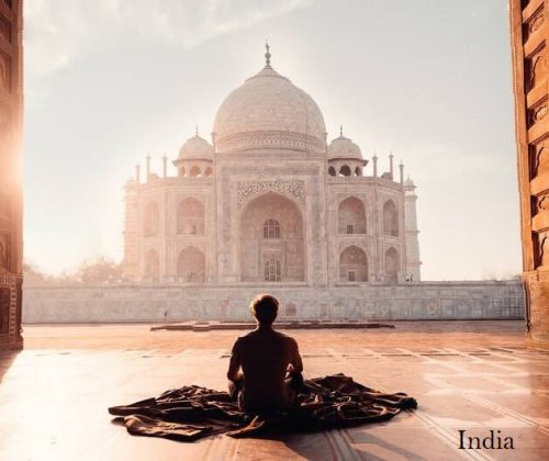 meditando en la india