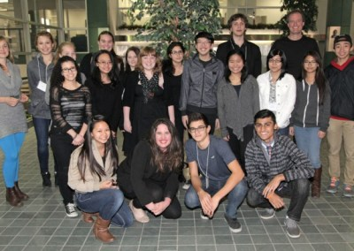 Group photo of students visiting the BIOlab