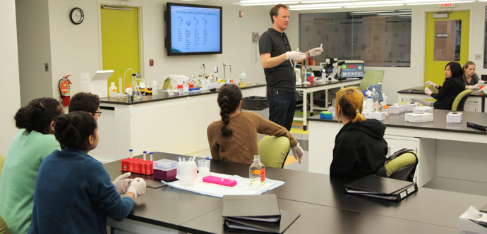 Student leaders receive intensive medical training at Youth BIOLab